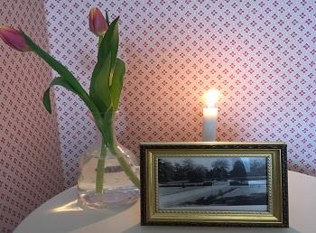 Detaljbild rosa sovrum