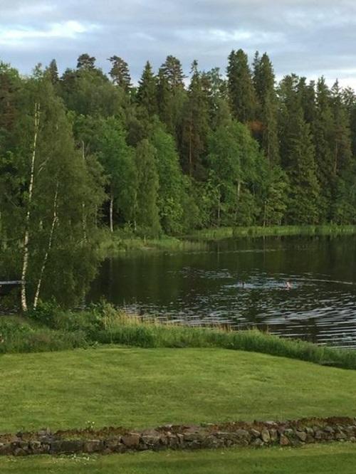 Bad i sjön