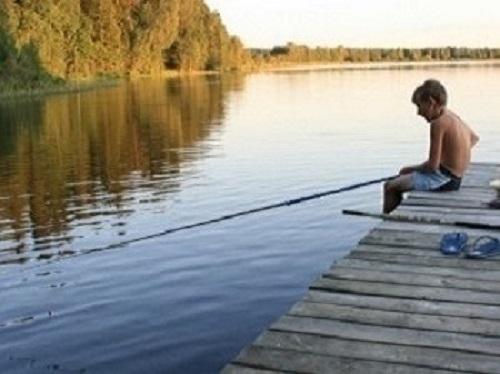 Fiske från bryggan